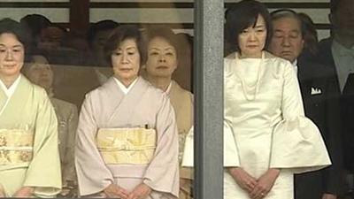 画像】昭恵夫人のドレス(ファッション)がおかしい?ネットでも
